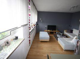 Hübsche 3-Zimmer-Dachgeschoss-Wohnung in gepflegtem 4-Parteienhaus sucht soliden Mieter